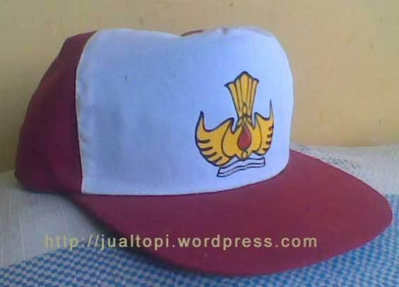 Topi Sekolah Dasar